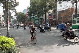 Saigon-traffic-2